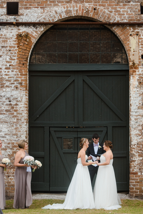 Savannah, GA wedding ceremony at The Georgia State Railroad Museum