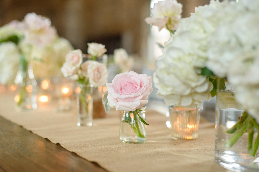 Savannah, Georgia wedding decor with burlap table runners