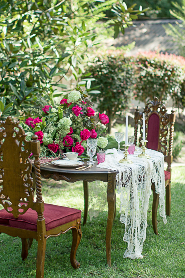 South Carolina wedding inspiration at Charmingly Southern Vintage Rentals