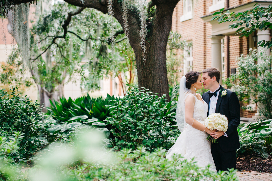 Emily + Ethan's Harbour Club wedding in Charleston, South Carolina by Riverland Studios