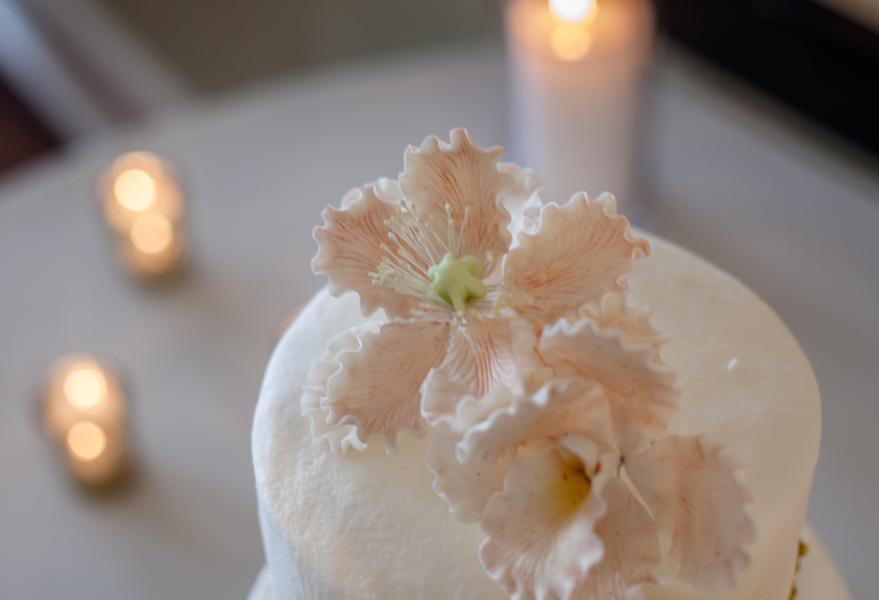 Savannah wedding cake by Rebekah's Sweetart