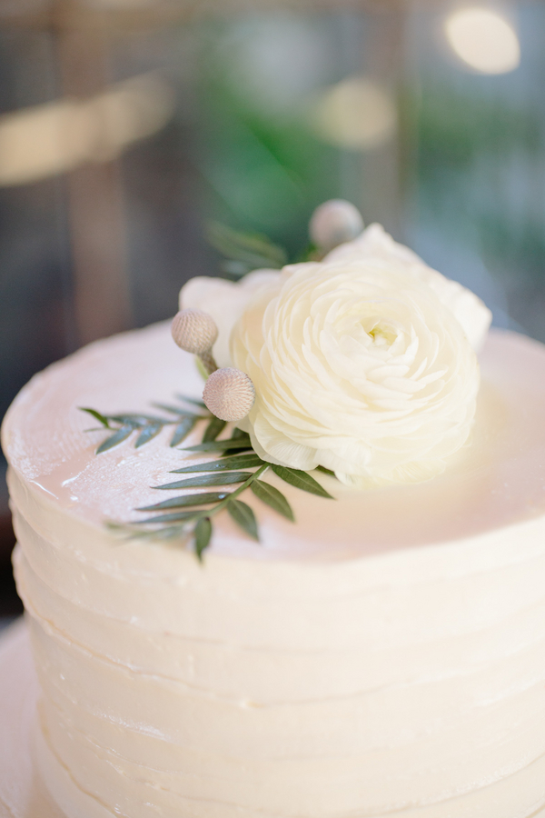 Charleston wedding cake at Boone Hall Plantation