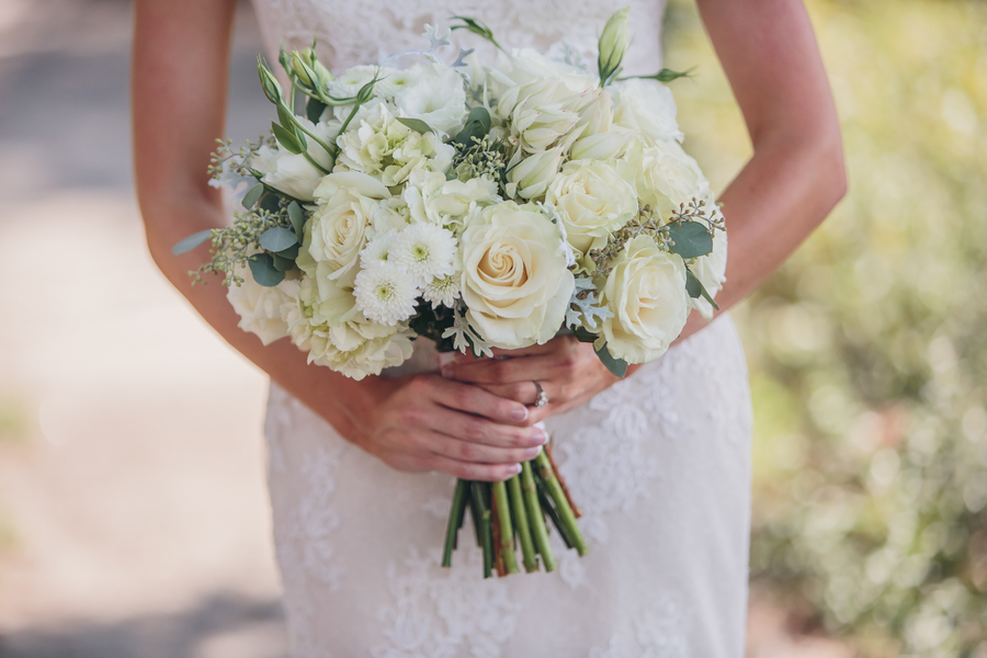 White bouquet by Timeless Designs