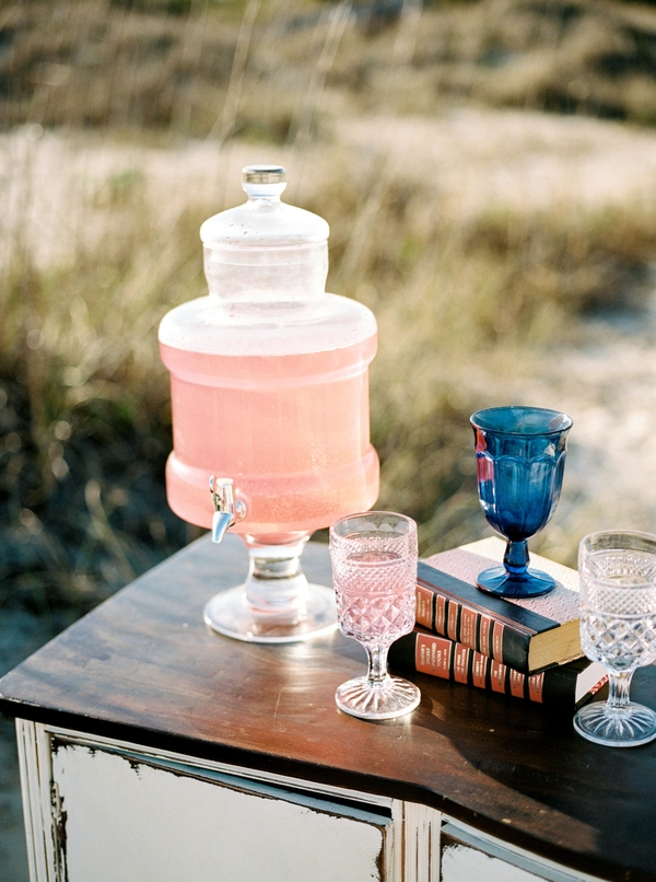Beach wedding decor on Tybee Island by Savannah vendor JLeslie Design