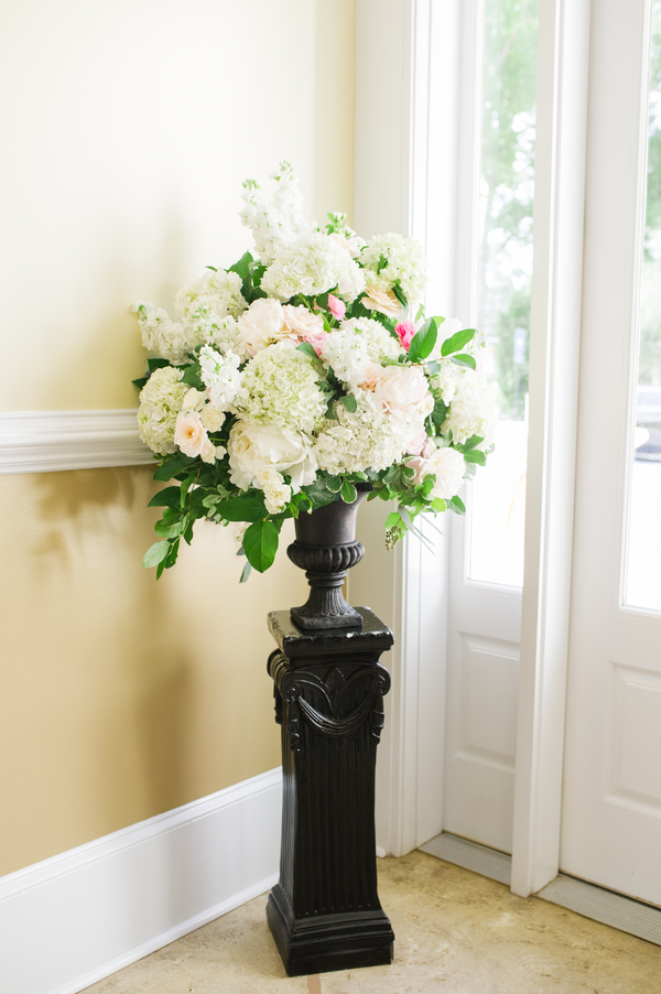 Savannah Wedding at The Tybee Chapel by Lowcountry Vendors Priscilla Thomas Photography