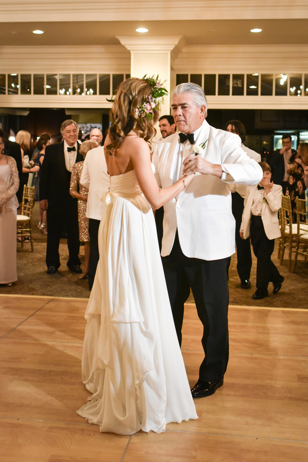 Savannah Yacht Club wedding by Lowcountry vendors Anne Bone Events and Donna von Bruening Photography