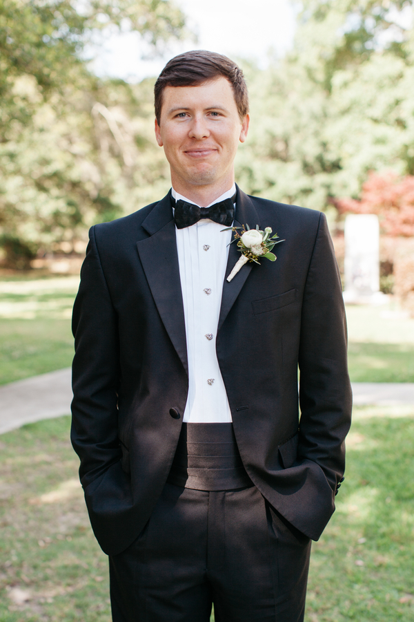 Groom in black tuxedo at Charleston, South Carolina wedding