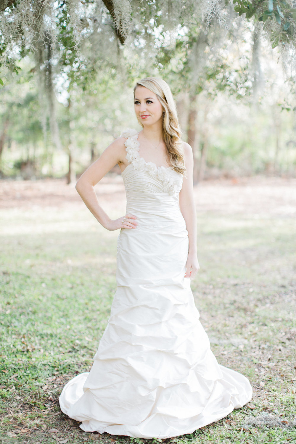 junior-leauge-charleston-bridal-boutique-13.jpg