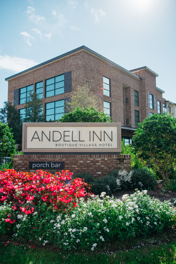 Charleston wedding at The Andell Inn photographed by Riverland Studios