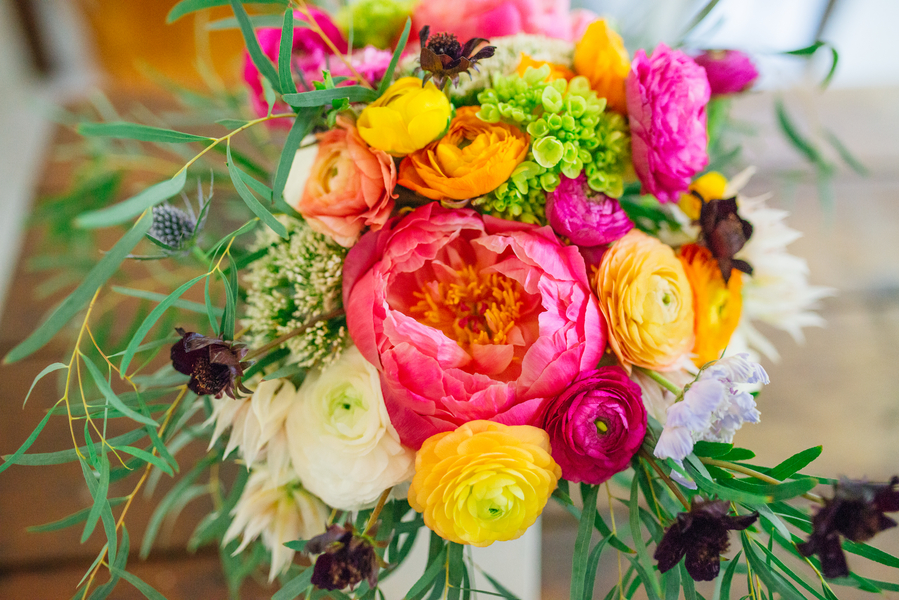 Charleston wedding bouquet at The Andell Inn by Anna Bella Florals