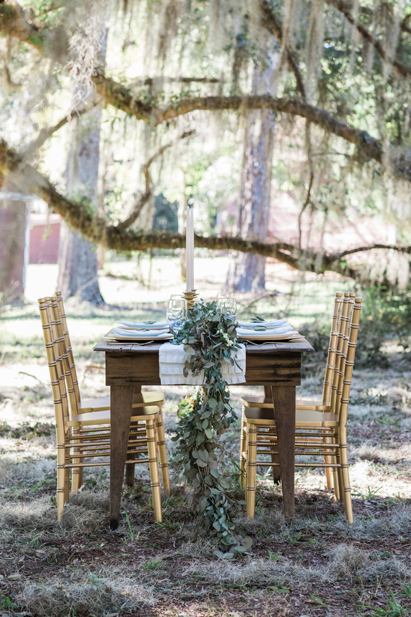 South Carolina wedding inspiration at the Borough House Plantation by Megan Manus Photography