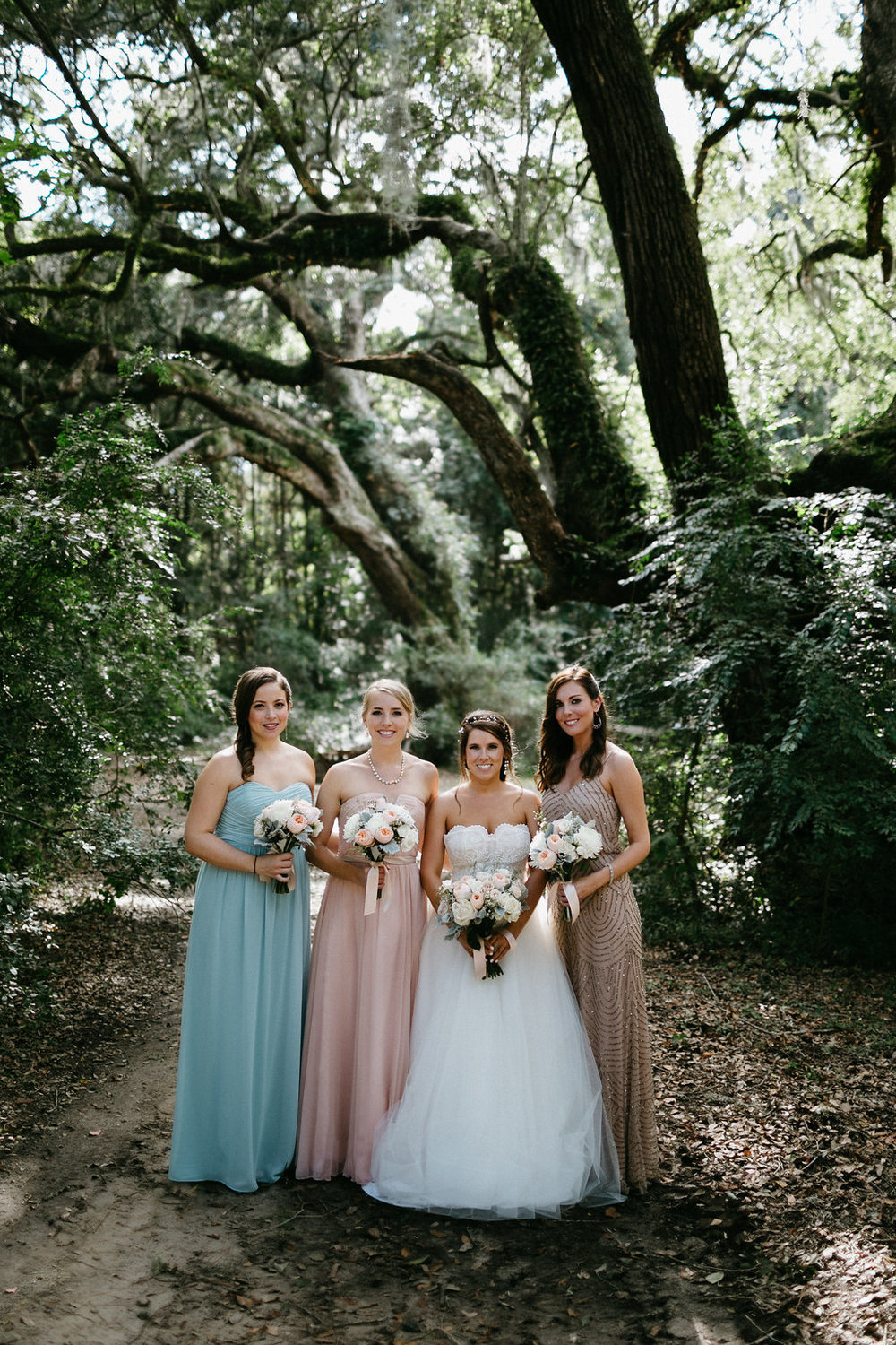 Wingate Plantation wedding on Johns Island l mismatched bridesmaids dresses l Pure Luxe Bride