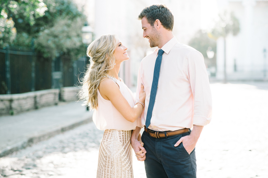 Shelby + Jeremiah's Coastal engagement session by photographers - Aaron and Jillian Photography