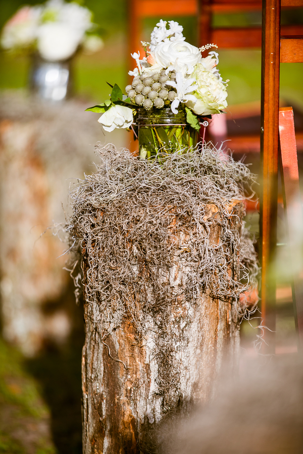 Spring wedding at Magnolia Plantation & Gardens by Diana Deaver Photography