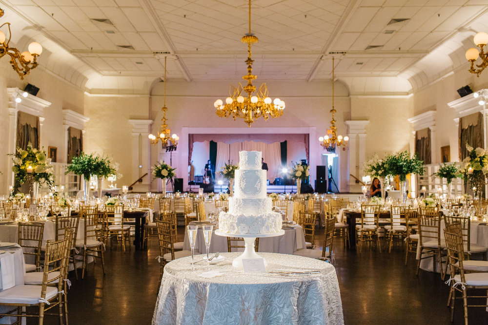 Hibernian Hall wedding in Charleston, SC by Shannon Michele Photography