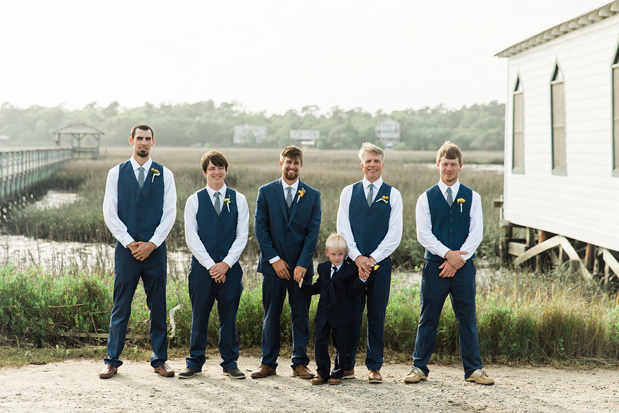 Coastal wedding in Pawleys Island, SC by Hannah Woodard Photography