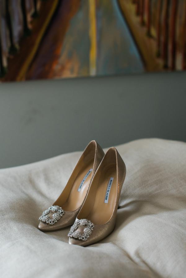 Gold Manolo Blahniks for elegant Savannah wedding