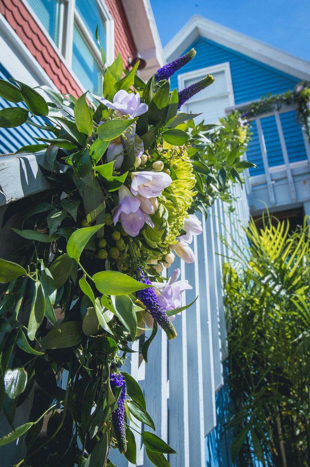 Ceremony decor by Gardenias Event Floral