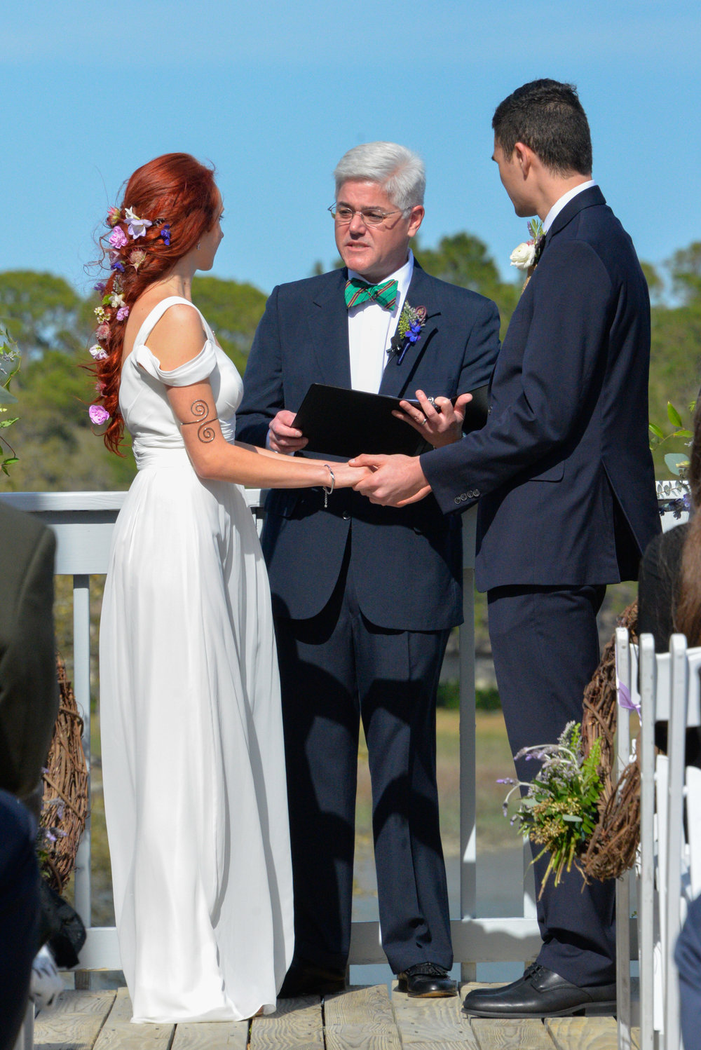 Hilton Head wedding ceremony at Wreck of the Salty Dog