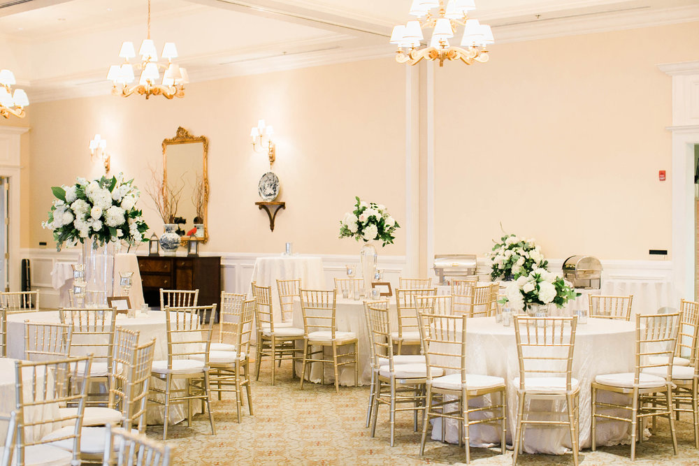 Gold and white reception at Savannah Golf Club wedding by Sincerely Yours Events