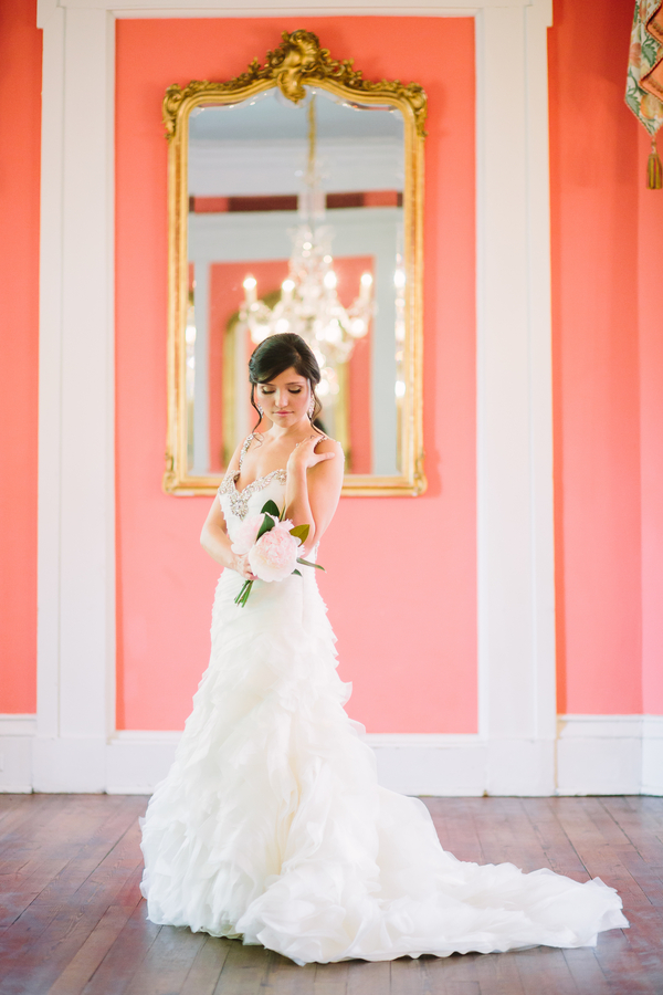 Charleston, SC bridal portraits at The William Aiken House by Riverland Studios