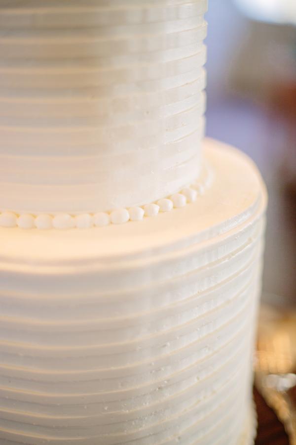 Charleston wedding cake at The William Aiken House