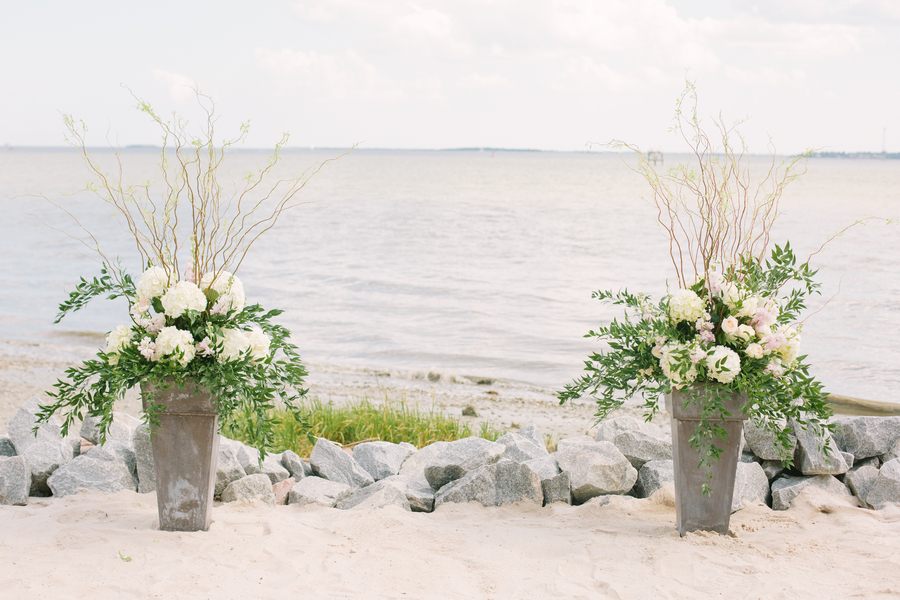 Lowcountry wedding at The Cottages on Charleston Harbor by Mac & B Events