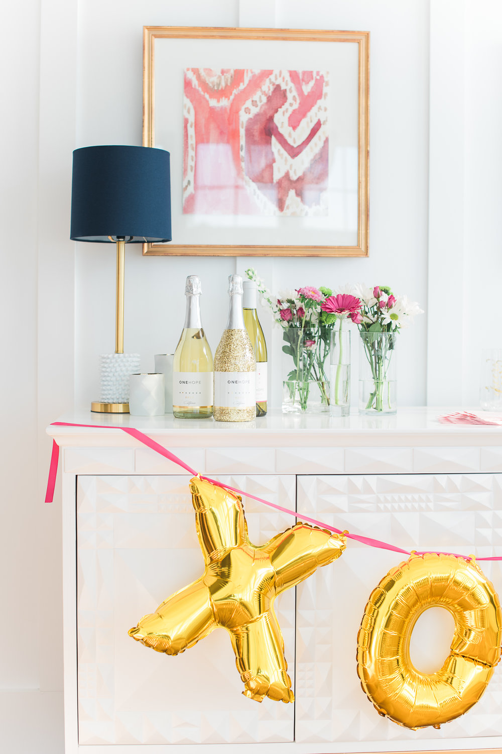 Gold inflated X & O Balloons from The Cannonborough Collective  //  Charleston photos by Aneris Photography //  on A Lowcountry Wedding Magazine