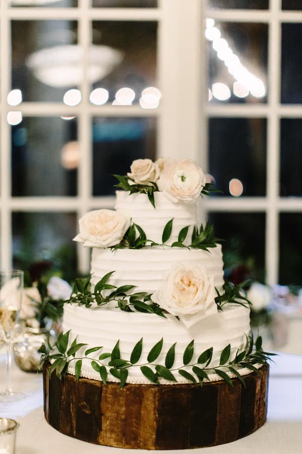 White wedding cake at The King & Prince Resort  //  Saint Simons Island wedding photos by River West Photography // A Lowcountry Wedding Magazine & Blog