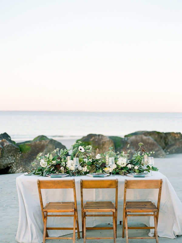 Coastal table setting by Design Studio South  //  Savannah wedding photos by Dee Carlin Photography  //  on A Lowcountry Wedding Magazine & Blog