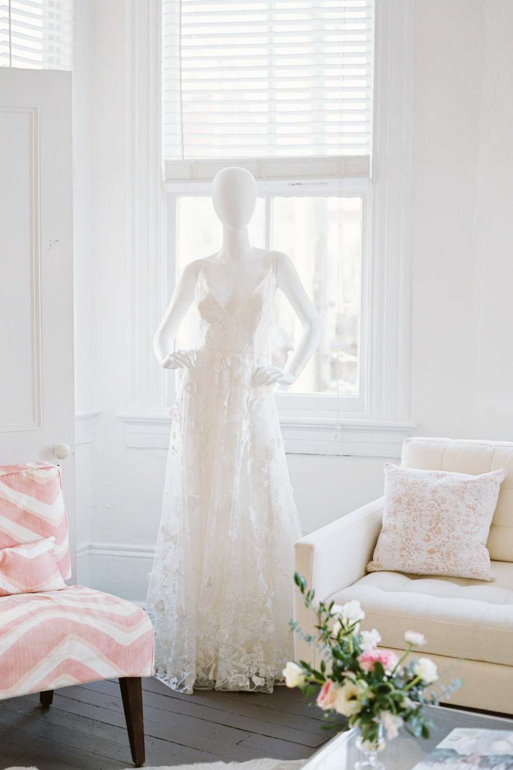 The White Dress Wedding Inspiration for the Modern Bride Book Signing by Beth Chapman at LulaKate in Charleston, South Carolina  //  photography by Emily Ann Hughes  //  on A Lowcountry Wedding Magazine & Blog