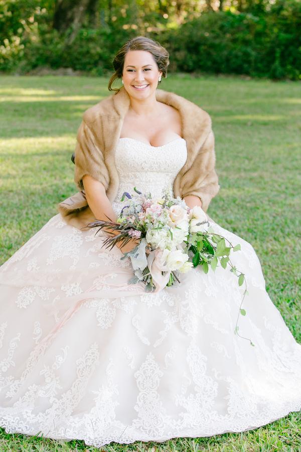 Bridal portraits at Oak Point Plantation wedding on Johns Island, SC  //  Charleston wedding photographer Riverland Studios  //  A Lowcountry Wedding Magazine & Blog