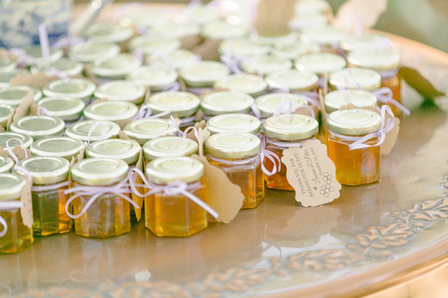 Individual honey wedding favors  //  Charleston wedding photographer Riverland Studios  //  A Lowcountry Wedding Magazine & Blog