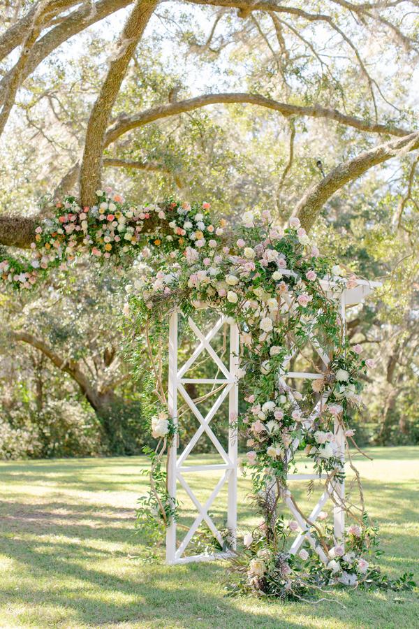 Floral trellis at Oak Point Plantation  //  A Lowcountry Wedding Magazine & Blog
