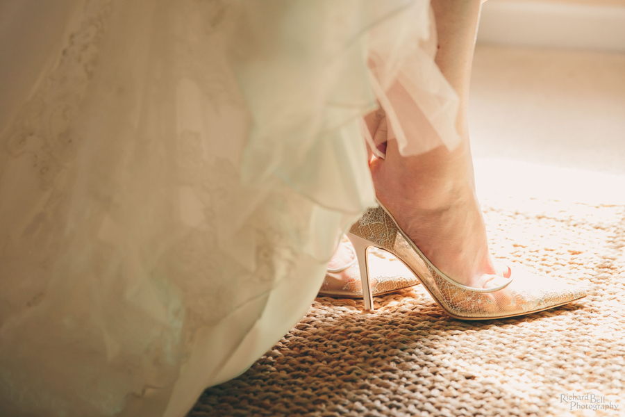 Charleston wedding photos by Richard Bell Photography //  A Lowcountry Wedding Magazine & Blog