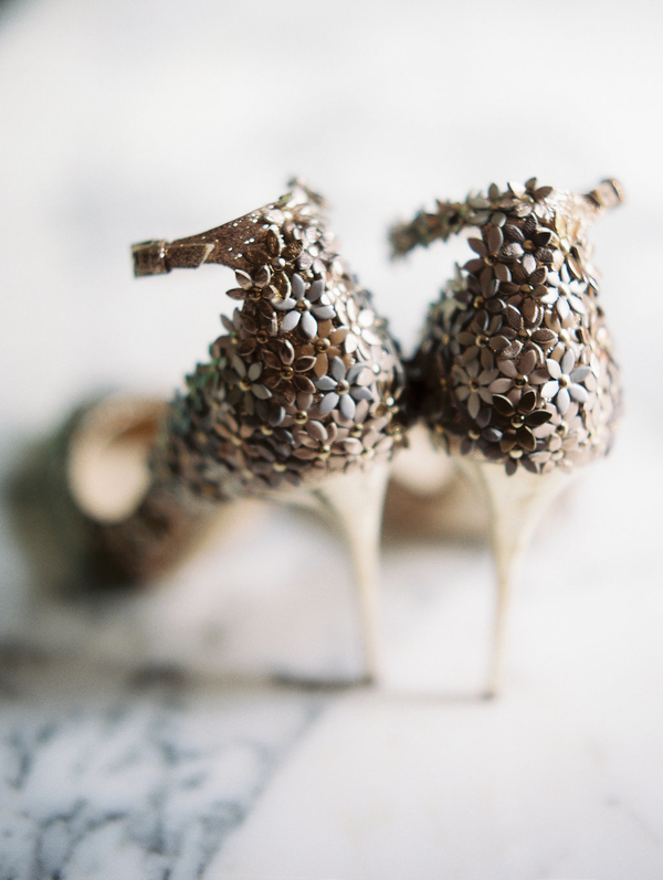 Gold Jimmy Choo shoes //  Savannah wedding photos by Alison Epps Photography  //  A Lowcountry Wedding Magazine & Blog
