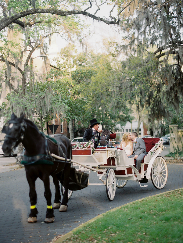 Horse and carriage by Savannah Carriage Tours  //  Savannah wedding photos by Alison Epps Photography  //  A Lowcountry Wedding Magazine & Blog