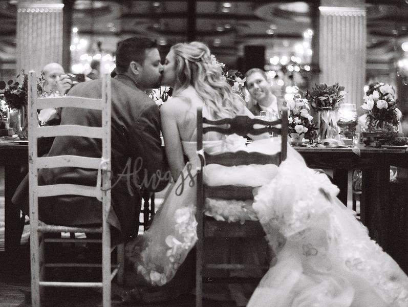 savannah-mansion-on-forsyth-park-wedding-5.jpg