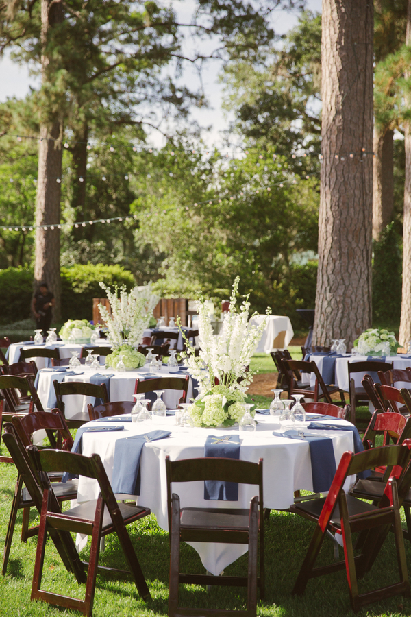 White and green hydrangeas designed by A Floral Affair  //  Hilton Head wedding photos by Christi Clark Photography  //  A Lowcountry Wedding Magazine & Blog