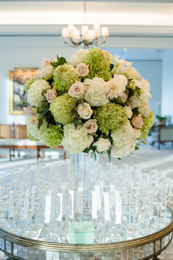 Green and white hydrangea with blush roses centerpieces at Palmetto Bluff in Bluffton, South Carolina designed by Todd Events  //  Hilton Head Island wedding photos by Donna Von Bruening  //  A Lowcountry Wedding Magazine & Blog