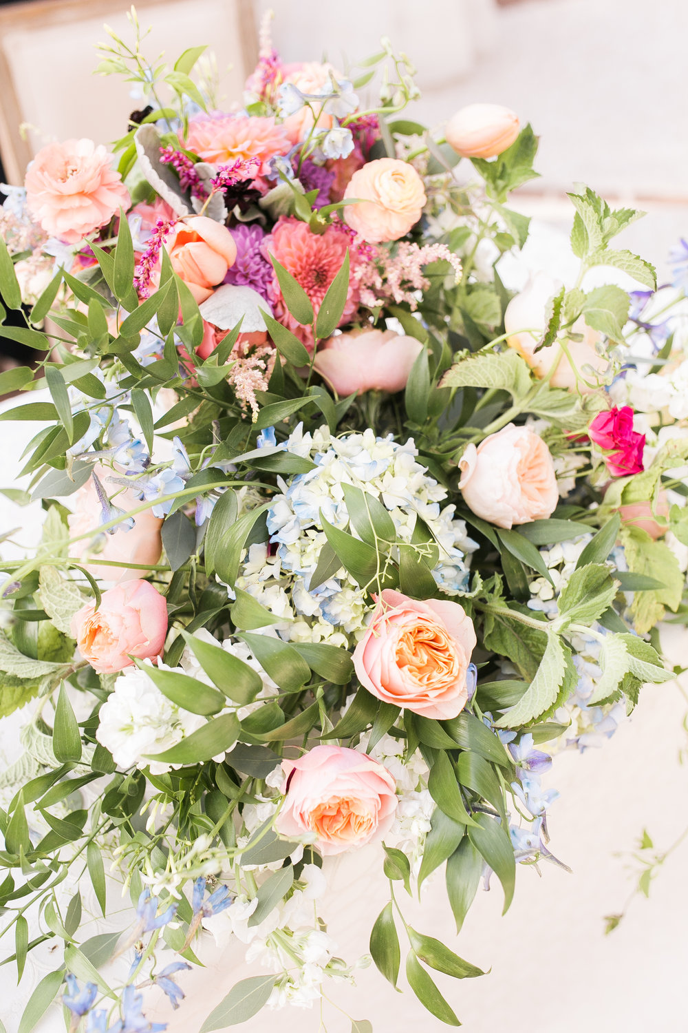 Colorful florals by Branch Design Studio  Colorful outdoor reception at The Thomas Bennett House wedding in Charleston, SC  //  photographed by Jenna Weddings  Traditional wedding ceremony at Cathedral of St. John the Baptist in Charleston, SC  //  A Lowcountry Wedding Magazine & Blog
