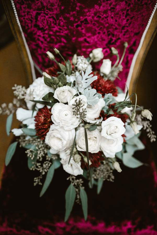 Rustic bouquet with white blooms and red dahlias by Improvisions  //  Savannah wedding photos by SDPhotographs