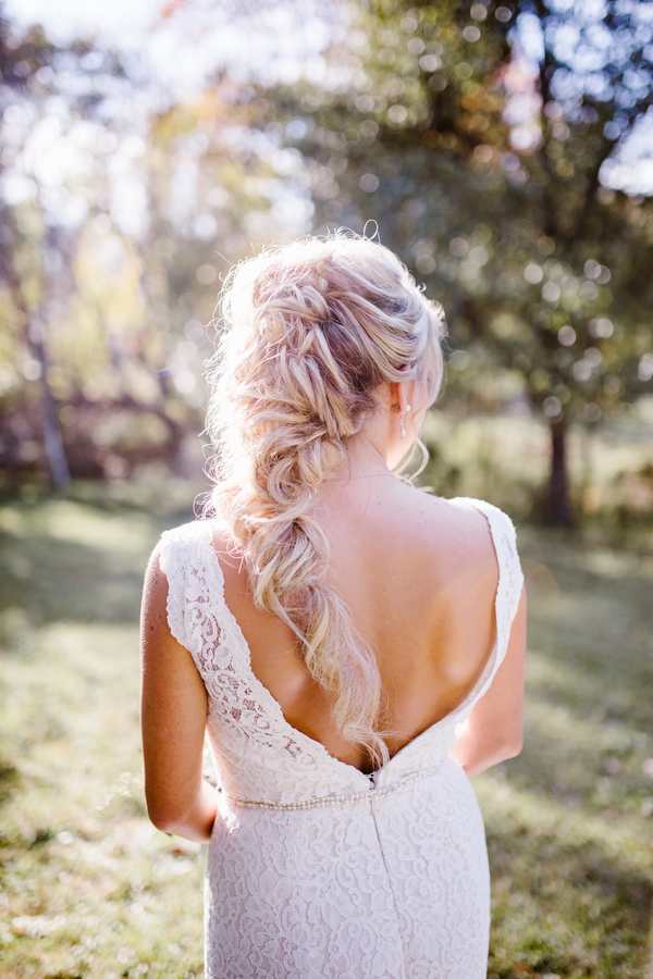 Savannah bride's hairstyle by Beyond Beautiful by Heather  //  A Lowcountry Wedding Magazine