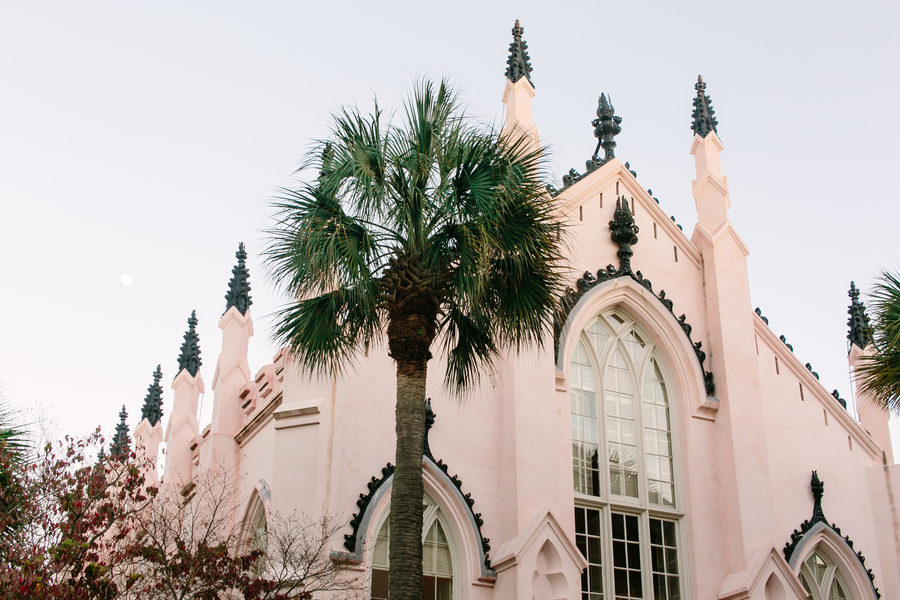 Winter wedding at French Hugenot Church in Charleston, SC  //  A Lowcountry Wedding Magazine