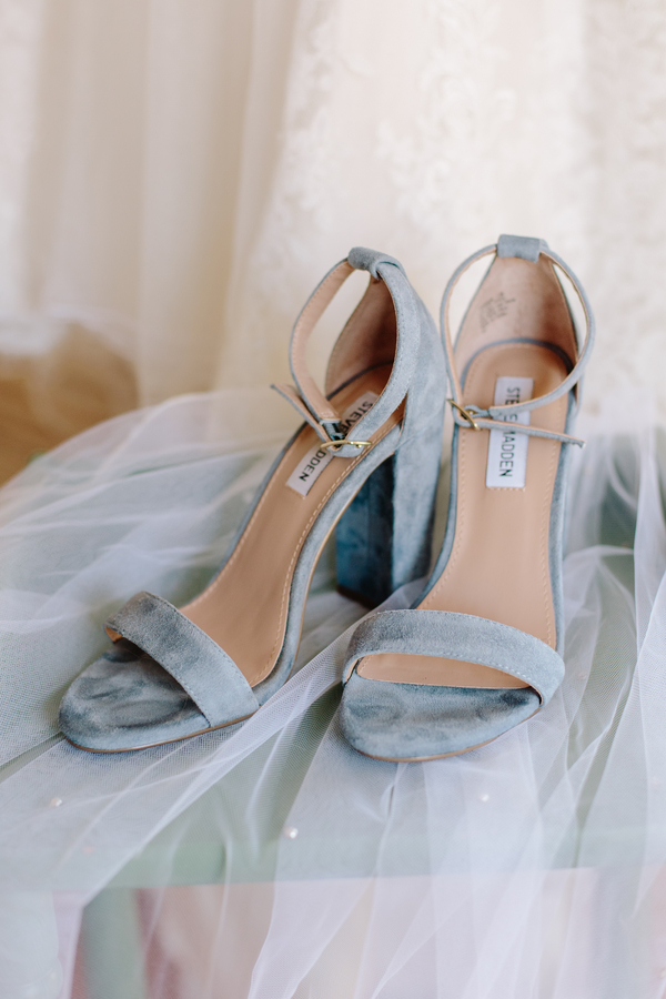 Coastal Blue Steven Madden Heels for wedding in Charleston SC