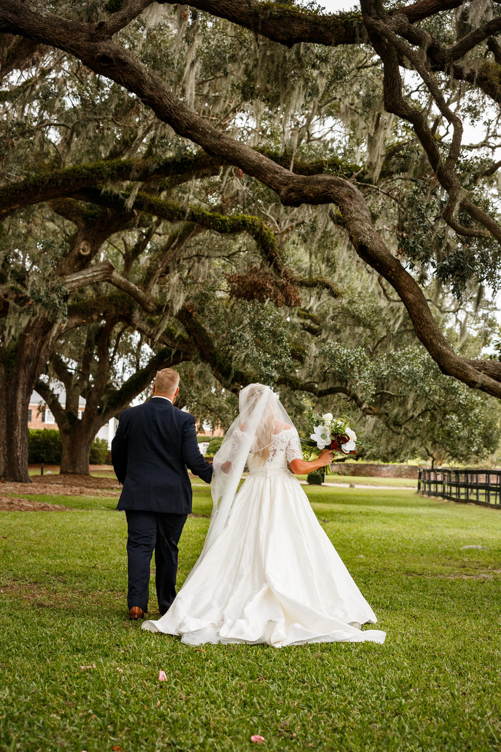 boone-hall-plantation-wedding-19.jpg