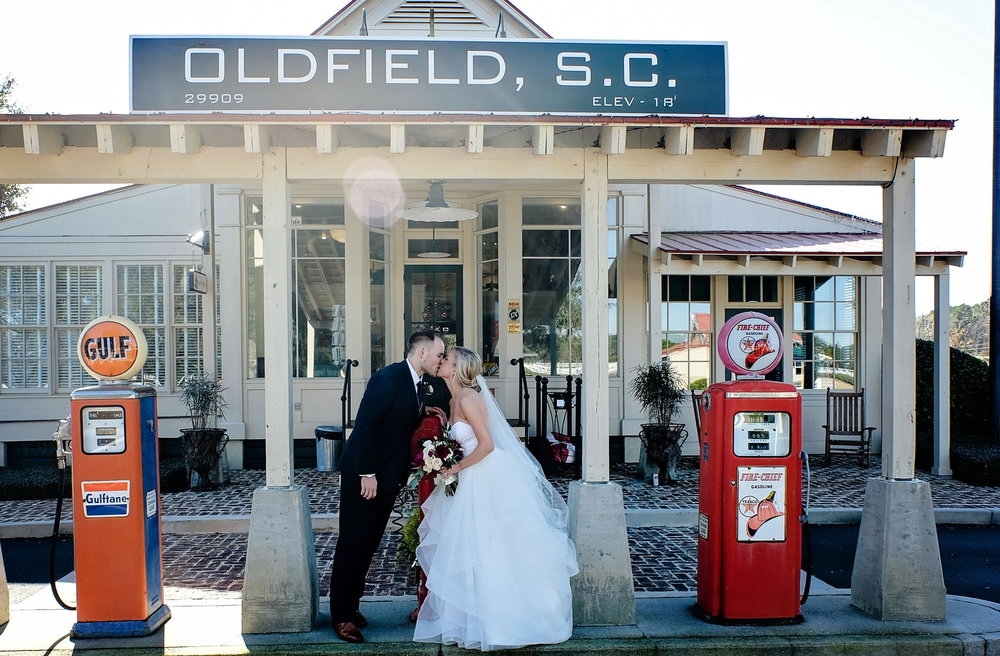 oldfield-club-wedding-20.jpg