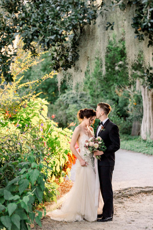 downtown-charleston-wedding-elopement-13.jpg
