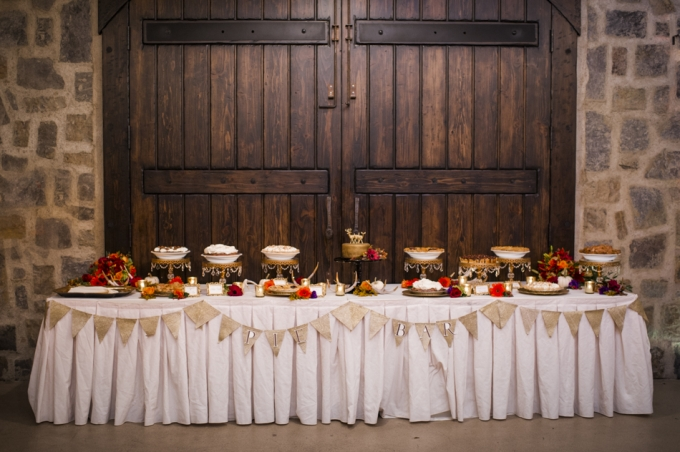 rustic-fall-wedding-Barrie-Anne-Photography-Glamour-Grace-24-680x452.jpg