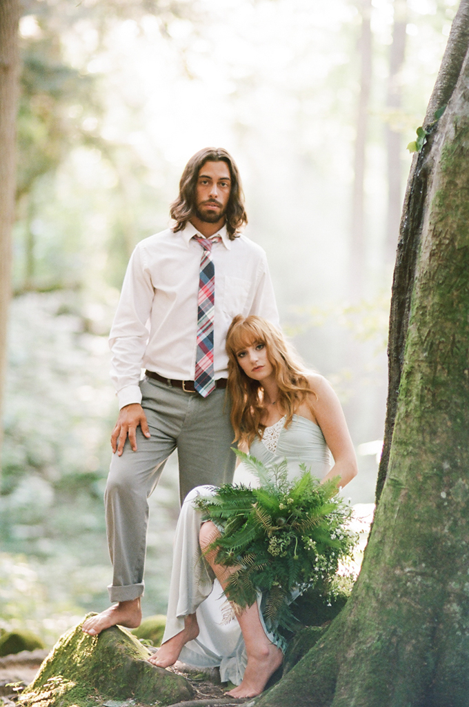 romantic-forest-elopement-White-Rabbit-Studios-Glamour-Grace-15.jpg